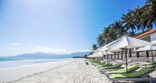 Bãi biển Dốc Lết là nơi du lịch và nghỉ dưỡng đứng TOP 2 sau Nha Trang
